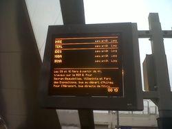 RER B - 2013 03 08 - Cinq trains sans arrêts à la gare de Drancy