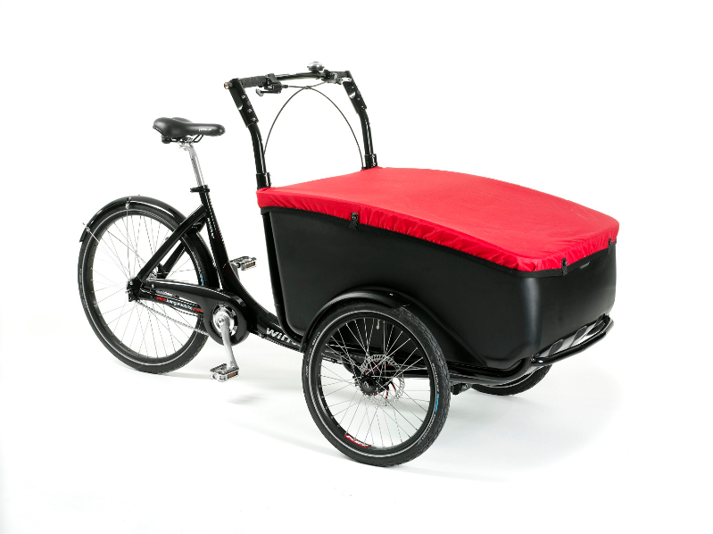 Winther-cargoo-cargo-bike-with-red-cover-1414316186