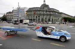 Taxi_solaire_tourdumondesuisse_palm